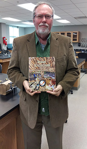 NPC Faculty Publishes Guide to Fossil Collecting
